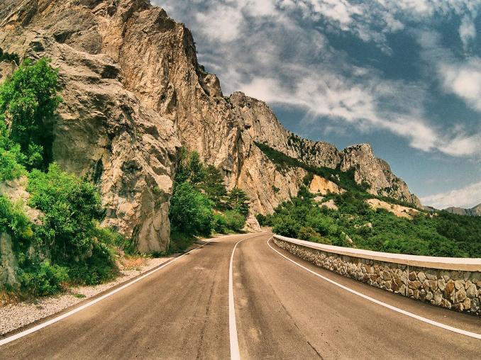Прокат авто по дорогам Крыма